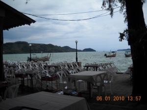 phuket seefood local